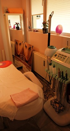 Facial Therapy room